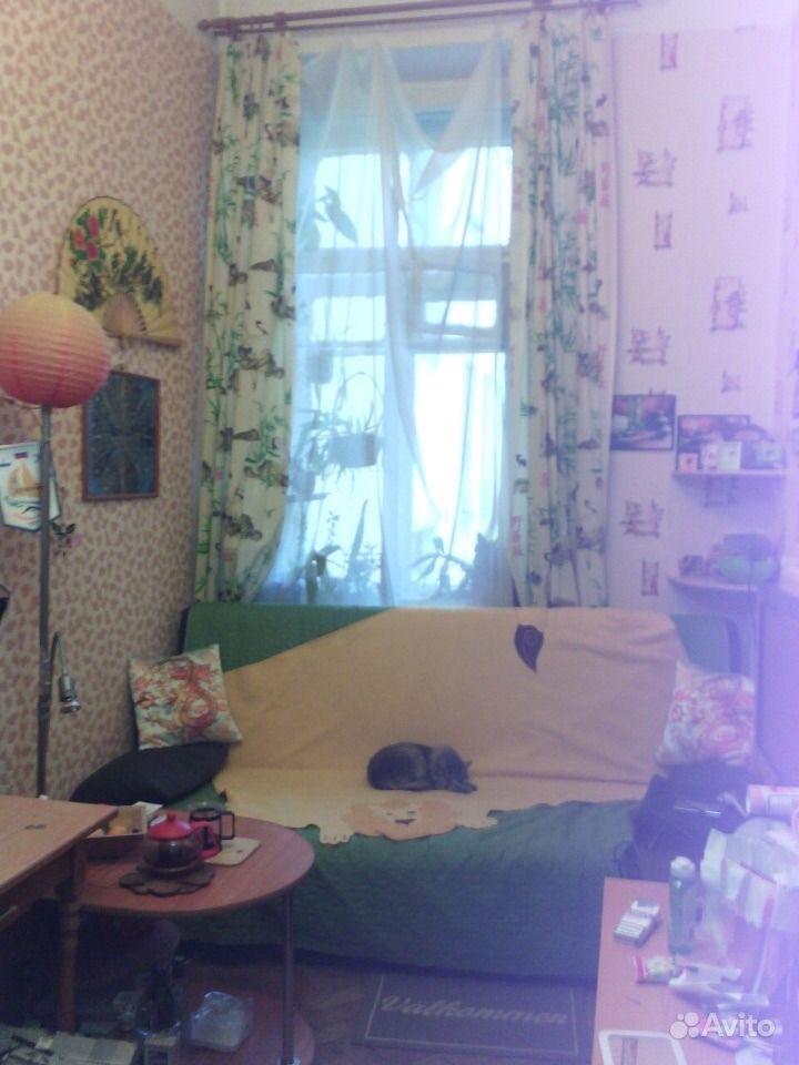 Сдаю: Комната 11 м в 4-к, 4 5 эт..  Санкт-Петербург