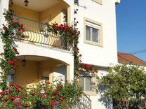 Недвижимость за рубежом авито черногория дом в филадельфии цена