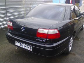 Opel Omega 2.2AT, 2002, седан, битый