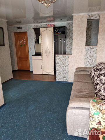 Продается двухкомнатная квартира за 2 500 000 рублей. Красноярск, улица Юности, 12.