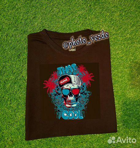 Черная футболка с фото/картинкой