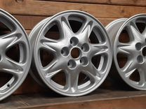 Диски R15 Toyota оригинал (4шт.) — Запчасти и аксессуары в Екатеринбурге
