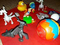 Игрушки макдака и киндера пакетом