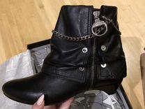 Стильные красивые новые кожаные чёрные ботинки Mis
