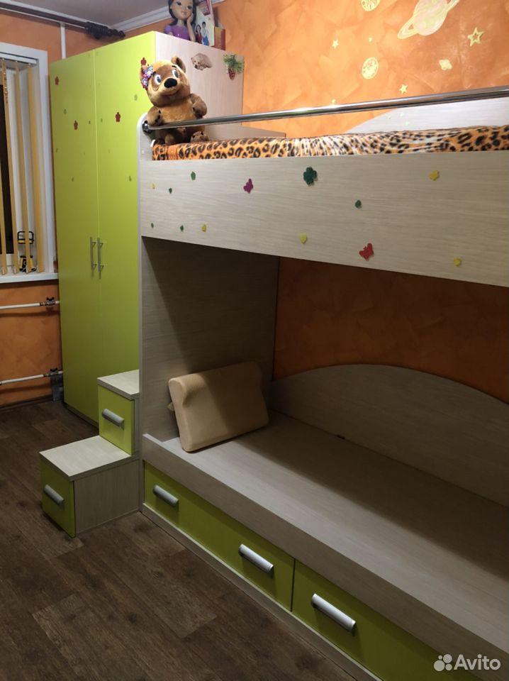 Продаю двухъярусную кровать и шифоньер 89272972965 купить 1