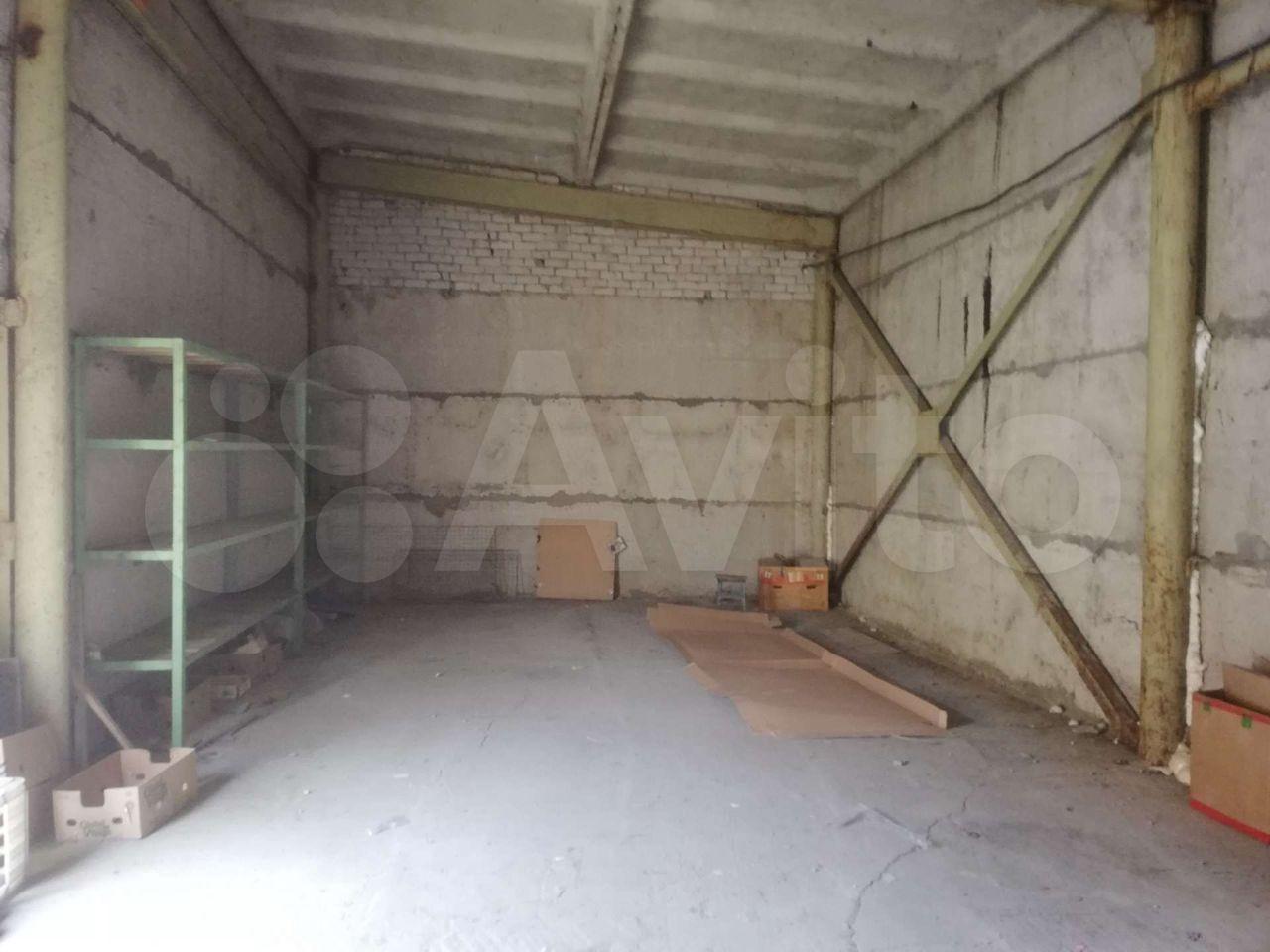 30 м² в Рославле> Гараж, > 30 м²  89101171139 купить 3